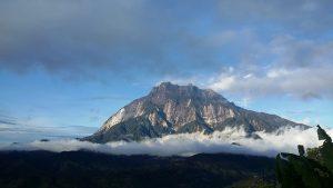 کوه کینبالو