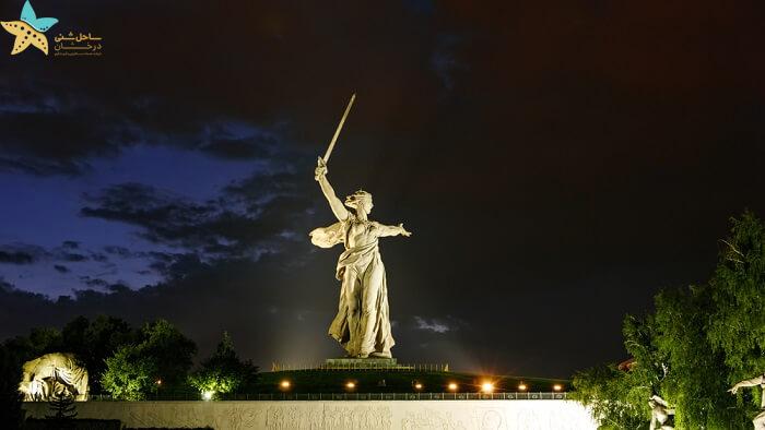 مجسمه مادر میهن - جاذبه های گردشگری روسیه