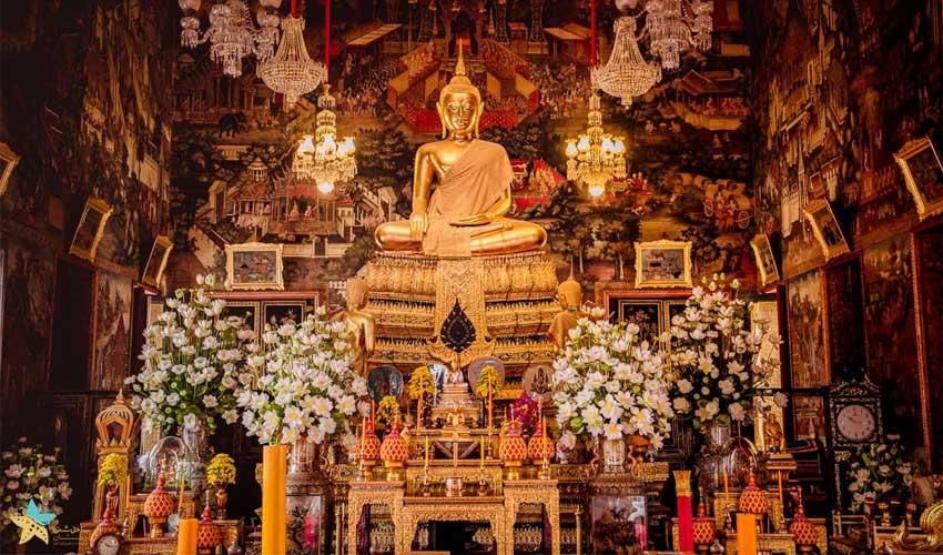 درون معبد وات آرون