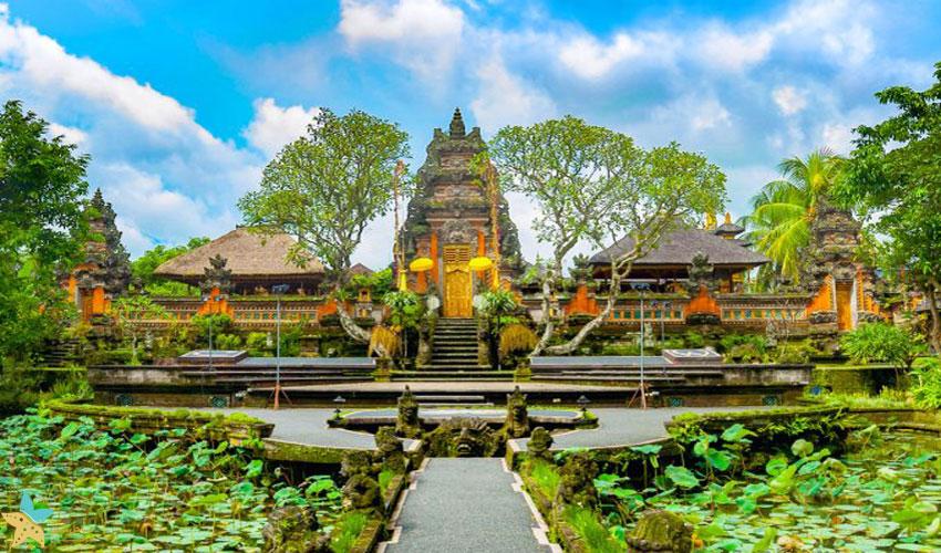 The Pura Taman Saraswati