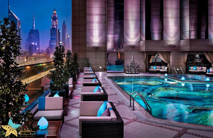 استخرهای هتل فیرمونت دبی