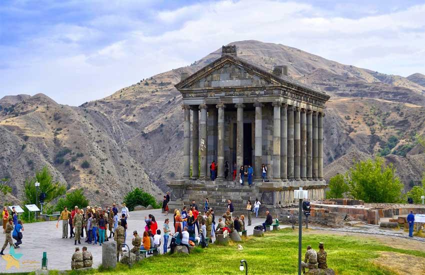 نگاهی به معبد گارنی | تلفیق شکوه و ابهام