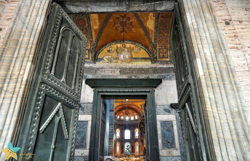 در سلطنتی مسجد ایاصوفیه