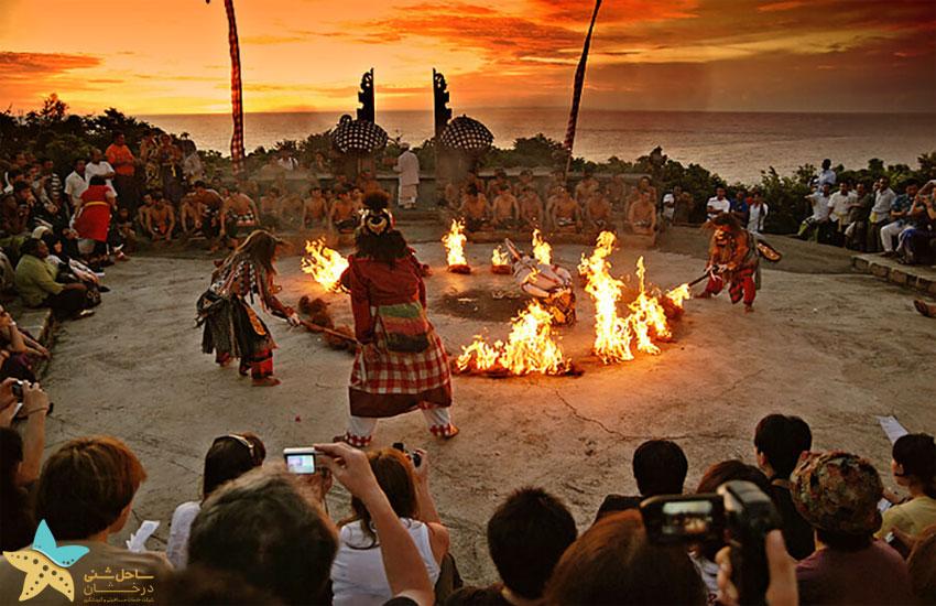 رقص آتش معبد تاناه لوط
