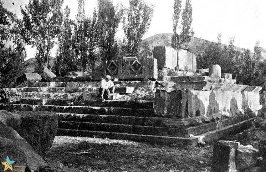 خرابههای معبد در اوایل قرن بیستم