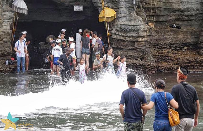 غار مقدس تانالوت