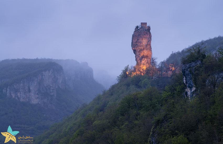 کلیسای صخره ای گرجستان | کلیسای کاتسخی