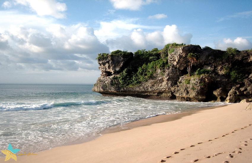 ساحل Balangan بالی