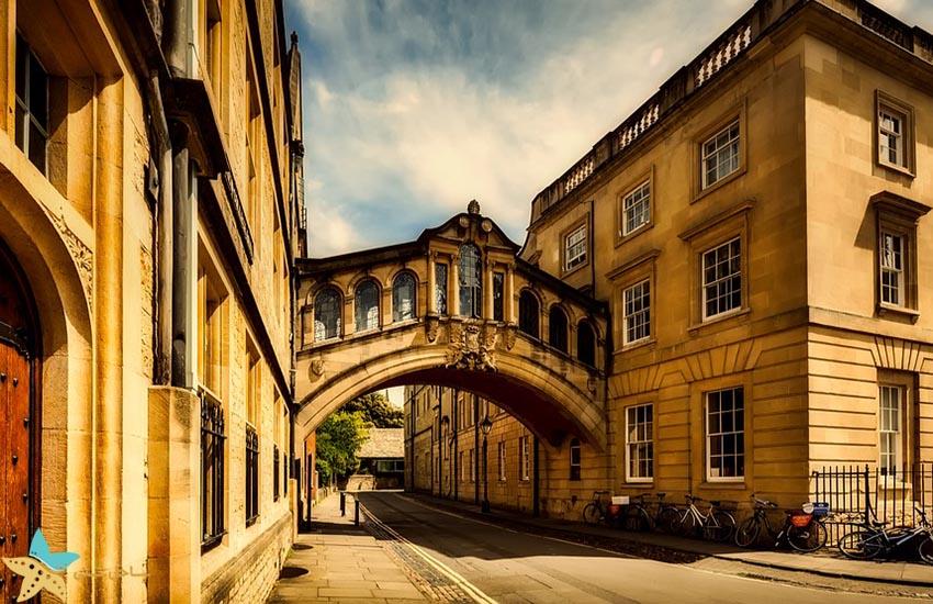 پل هرتفورد - جاذبههای گردشگری انگلیس