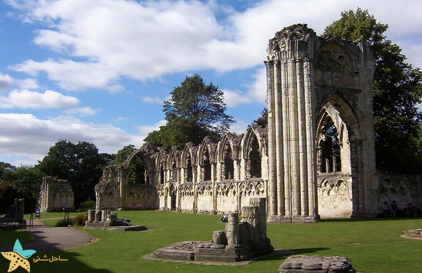 کلیسای سنت ماری - جاذبههای گردشگری انگلیس