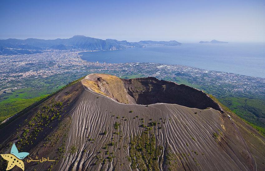 جاذبههای گردشگری ایتالیا - کوه وزوو