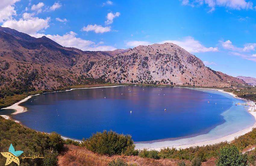 دریاچه کورناس - جاذبههای گردشگری یونان