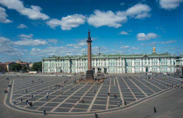 میدان کاخ سن پترزبورگ