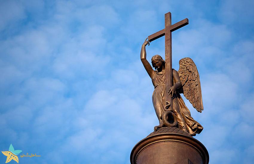 palace square st petersburg alexander statue