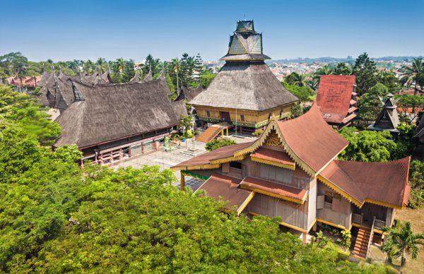تفریحات جاکارتا اندونزی