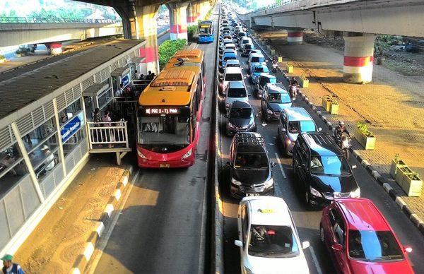 حمل و نقل در جاکارتا اندونزی