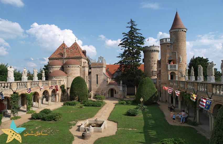 قلعهی Bory در مجارستان